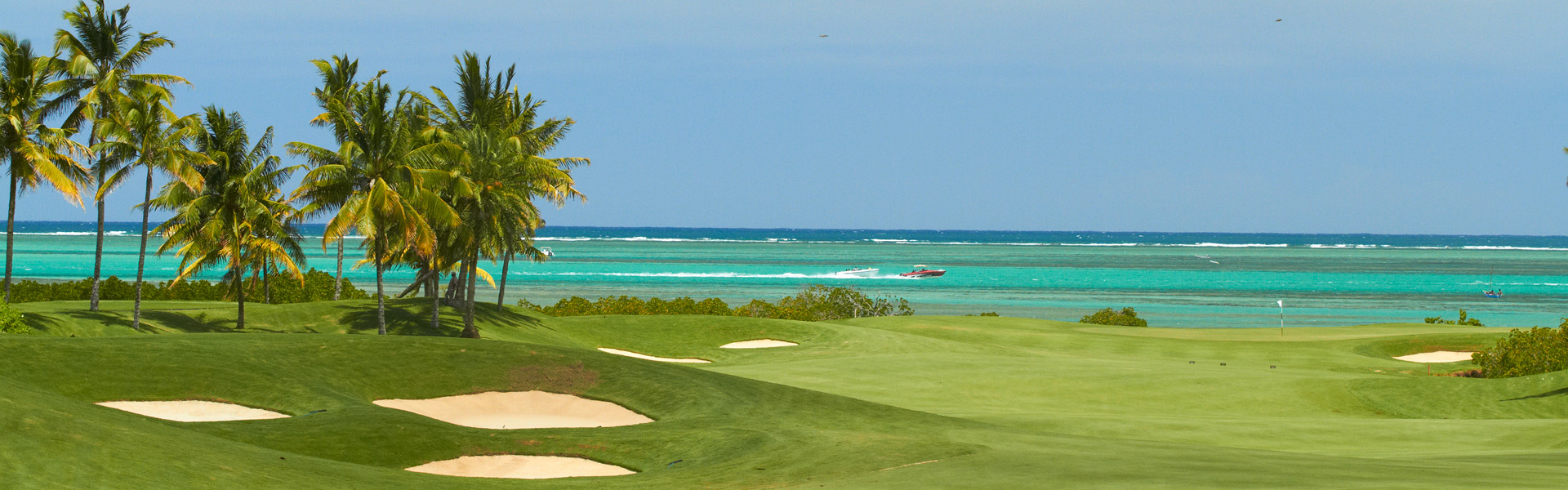 Four-Seasons-Golf-at-Anahita-2